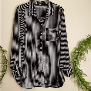 Silky black and white striped tunic button down